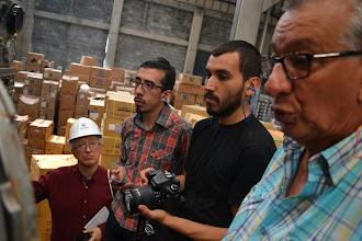 Photo: Gilberto explicándole a SEMANA y CCEP el funcionamiento de TERMILENIO