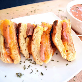 Grilled Ham and Cheese Bites