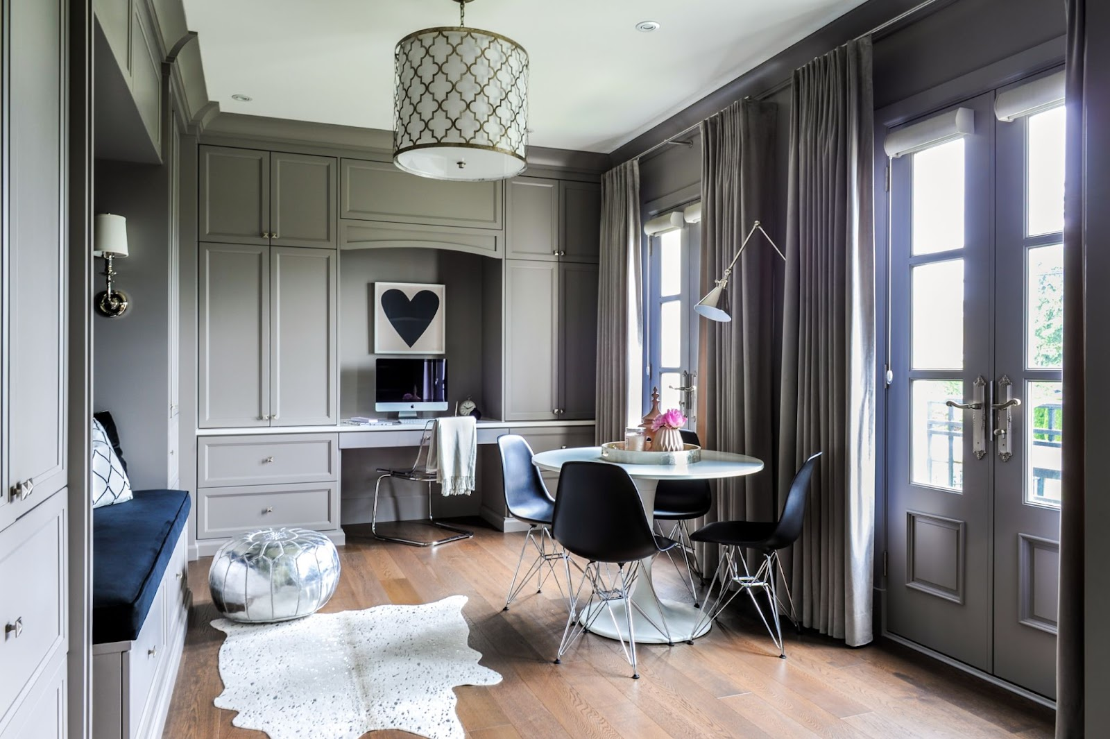 maria-decotiis-whistler-ca-invest-in-interior-designer-round-small-table-with-gray-room-built-in-bench-seating