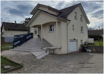 maison à Mirecourt (88)