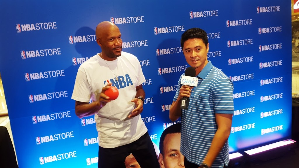 NBA ALL-STAR RON HARPER DURING THE OPENIG OF THE SECOND NBA STORE IN SM MEGAMALL MEGA FASHION HALL