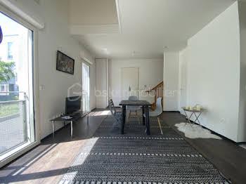 Duplex 3 pièces 65 m2