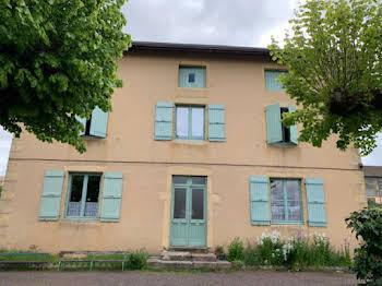 Maison 7 pièces 267 m2