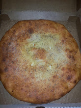 Photo: inside out pizza / Calzone
