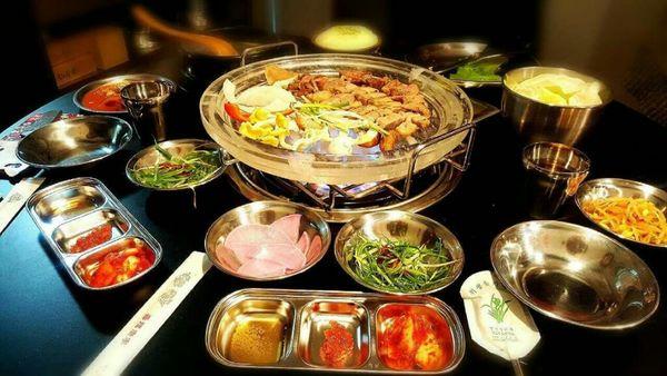 豬8色韓國料理台南美食♡府城韓風♡