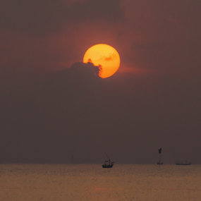 star rising by Martin Marthadinata - Landscapes Sunsets & Sunrises ( nature, seascape, sunrise, landscape )