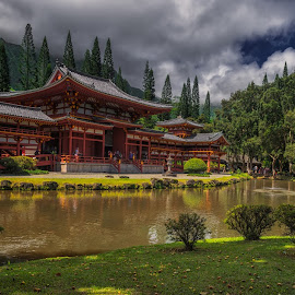 Byodo-In Temple by Krasimir Lazarov - Buildings & Architecture Places of Worship ( hawaii, place of worship, united states, oahu, building, architecture )