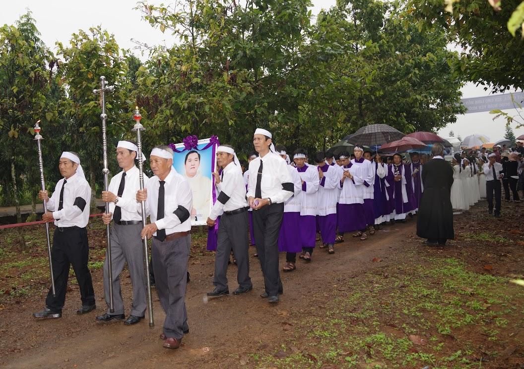 Thánh lễ an táng Cha Giuse Trần Ngọc Tâm - Chánh xứ Xuân Đức - Ảnh minh hoạ 44