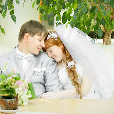 Wedding photographer Valeriy Lobanov (lovar). Photo of 08.12.2012