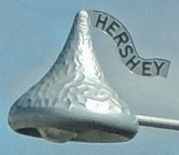 Photo: Hershey Kisses Street Lamps - Wrapped