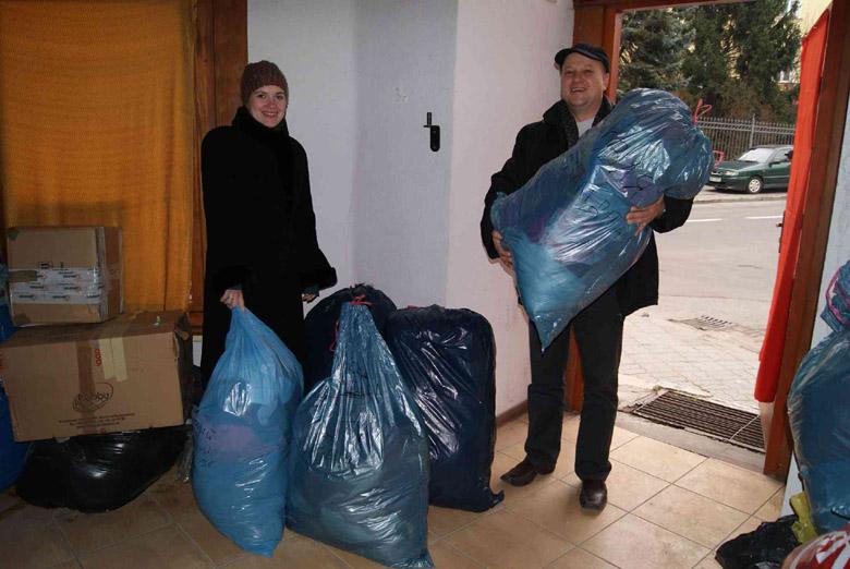 Рождественские подарки для лемковских беженцев с Луганщины, собранные польским Объединением лемков. Фото с сайта nasze-slowo.pl