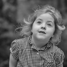 A Child's wonderment by Barry Smith - Babies & Children Children Candids ( children, candid, wonder, daughter, kids )