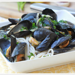 Pasta With Garlic Mussels.