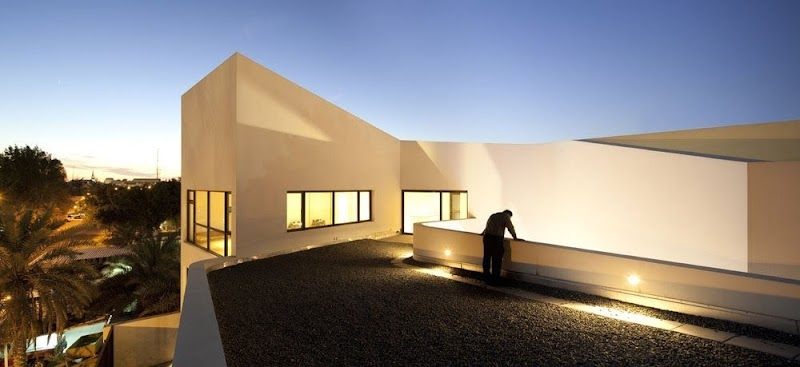 Casa MOP - AGI Architects
