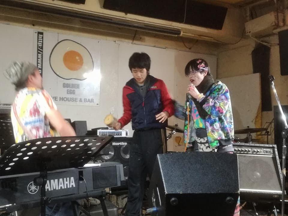 [gif] TASKEさんとともみちくん。(「たすろこ」に乱入」) 昼夜ぶっ通し10時間 !! [歌舞伎町の詩人達の集い その56 -TASKE生誕43周年記念SPECIAL-] 2017/12/16 Sat
