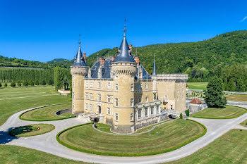 château à Cornod (39)