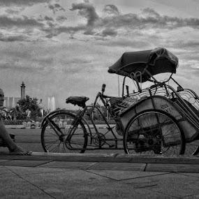 w a i t i n g by Ayah Adit Qunyit - City,  Street & Park  Street Scenes