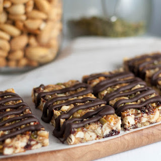 Healthy Paleo Cashew Cherry Snack Bars