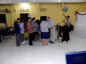 Photo: Responses to the message invitation atBawonahono BKPN church.