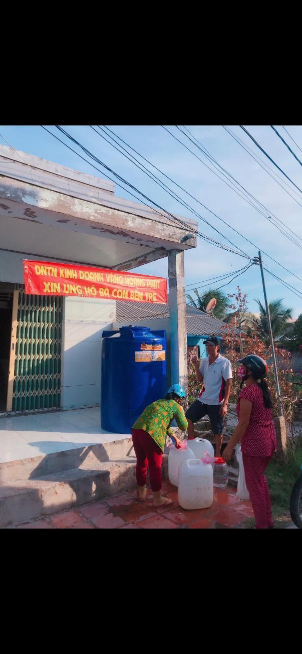 Chị Lê Quỳnh Trang - chủ Tiệm Vàng Hoàng Phát phát tâm từ thiện, tích cực tham gia vào các hoạt động có ích cho cộng đồng - Ảnh 1
