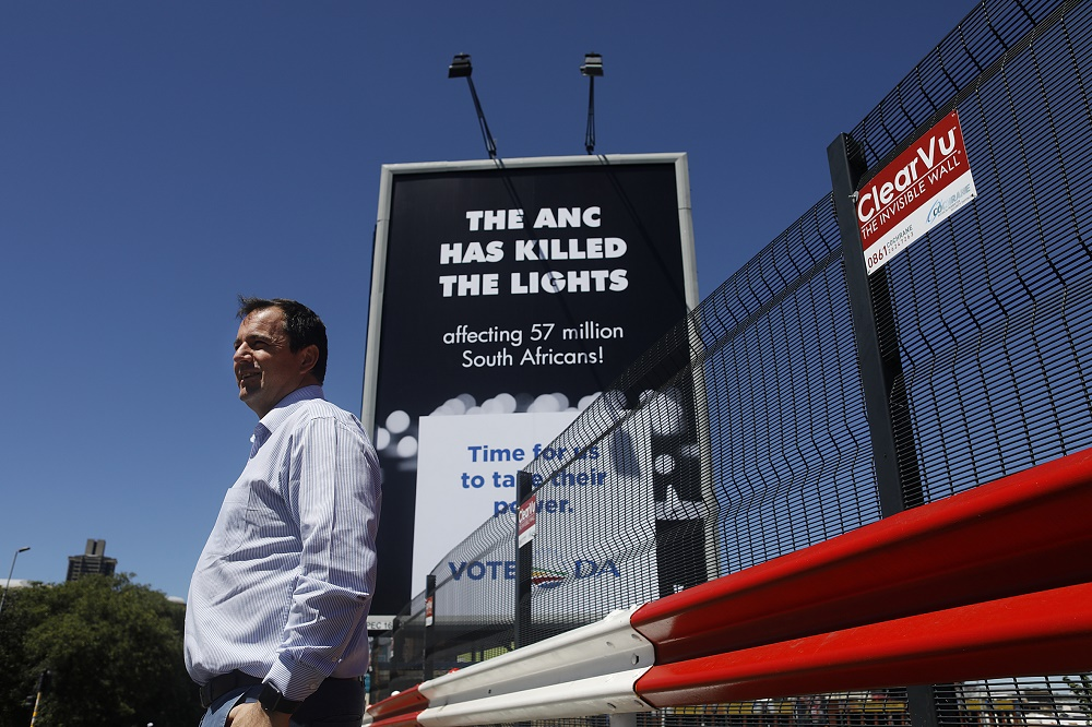 'This is how we will keep the lights on' - DA billboard shines light on Eskom mismanagement