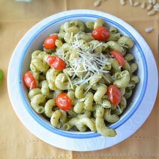 Pesto Cavatappi