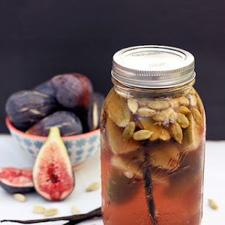 Fig, Vanilla Bean and Cardamom Infused Vodka (Gluten-free, Vegan & Sugar-free)