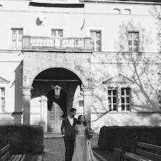 Wedding photographer Olesya Zarivnyak (asyawolf). Photo of 11.05.2018