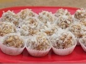 Coconut-date Rice Krispy Balls Recipe