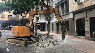 Obras en la Plaza del Carmen que ya está cortada al tráfico