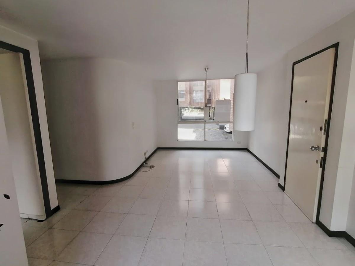 apartamento en arriendo poblado 743-2640