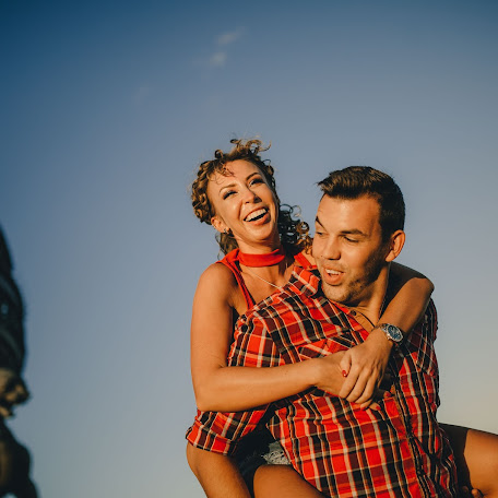 Wedding photographer Darya Norkina (Dariano). Photo of 10.10.2017