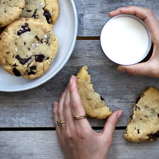 OLIVE OIL + DARK CHOCOLATE CHIP COOKIES.