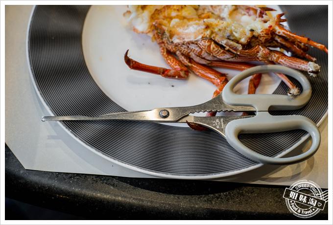 漢來45F鐵板燒龍蝦剪