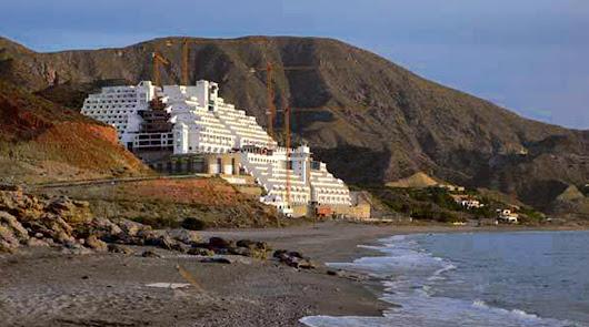 Historia interminable: Hotel de El Algarrobico