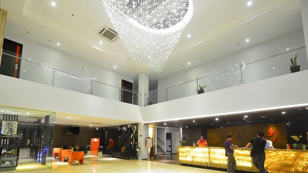 J Hotel Bandara Soekarno Hatta Penginapan