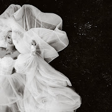 Wedding photographer Aleksandr Lobach (LOBACH). Photo of 08.06.2019