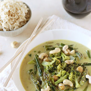 Thai Green Curry with Broccoli and Asparagus Recipe