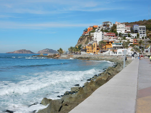 mazatlan-malecon.jpg - The southern stretch of the miles-long Malecon in Mazatlan, Mexico.