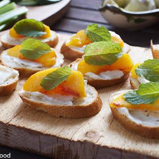Peach & Mascarpone Crostini Recipe
