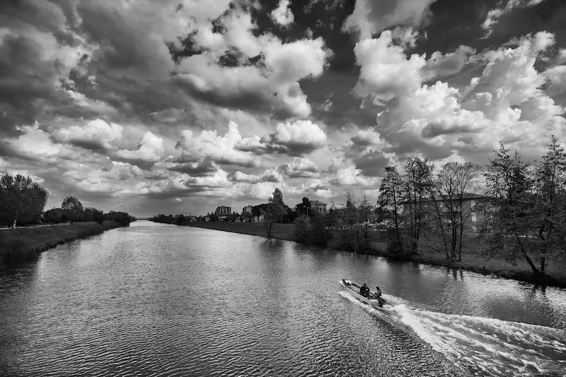 Primavera sul fiume di Yoyo