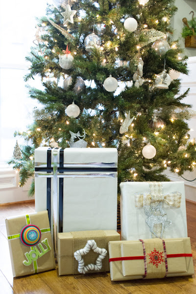 Photo: Who still has gift wrapping to do??  Loving these tips from +Cheyenne Bell for some unique ideas! ->> http://bit.ly/2h1GYpp