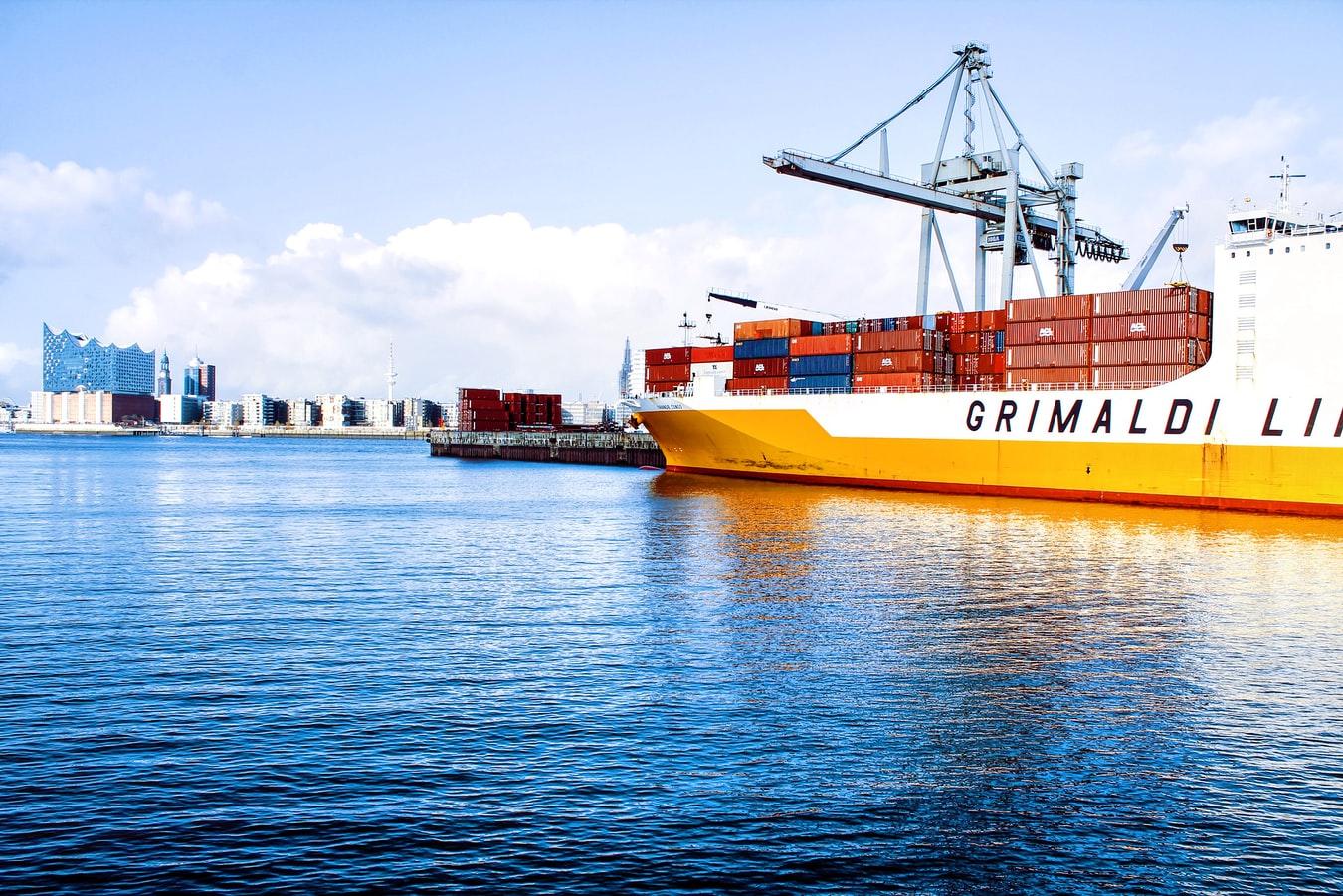 phí vận chuyển hàng từ Đức về Việt Nam