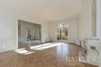 Appartement 8 pièces 326,24 m2