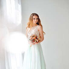 Wedding photographer Elena Gavrilenko (LGavrilenko92). Photo of 19.04.2017