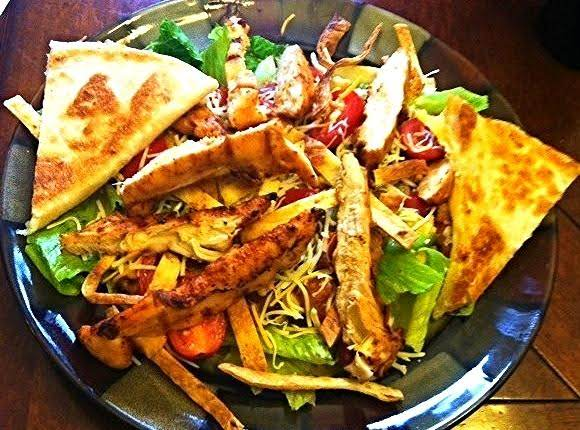 Mexican Chicken Fajita Salad