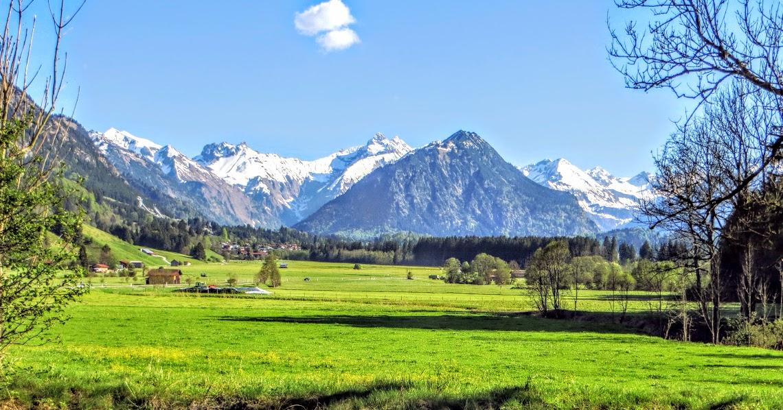 Nahe Illerbrücke nach Rubi Blick Rubi und Richtung Oberstdorf Allgäu