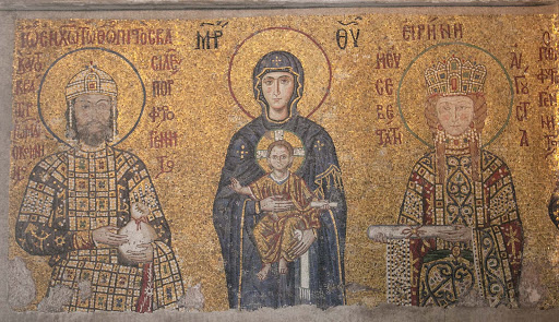 Hagia-Sophia-Virgin-Mary-&-Jesus-mosaic.jpg - The Comnenus mosaic in Hagia Sophia dates from 1122. The Virgin Mary holds the Christ child on her lap. To the left is emperor John II Comnenus, to the right is empress Irene.
