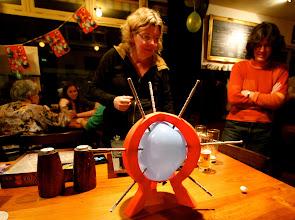 Photo: Serie op Cafe. Spelletjescafe De Zandloper Breda. Marjo Cambeen en Corne van Opstal. Tekst en foto Leon Krijnen