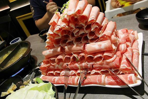 肉食系新選擇,肉多多火鍋,叫你吃肉吃到怕。